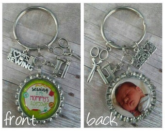 PERSONALIZED Mom Keychain, Bottle Cap Keychain, Sewing Mom Keychain, Mom Gift, Personalized Gift, Birthday Gift, Gift for Her, Gift for Mom