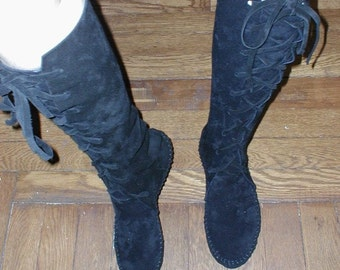 Earthgarden Black knee high handmade boots with rubber soles