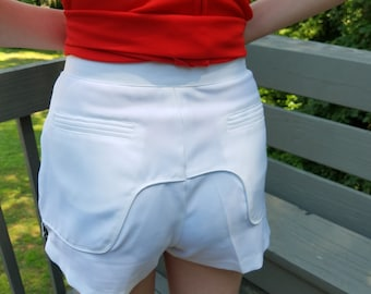 1970s shorts//Virginia Wade white tennis shorts//vintage 70s shorts
