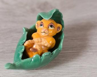 Simba Cub in Leaf Figurine - Vintage Disney Lion King Porcelain China Glazed Ceramic Novelty Toy Statue