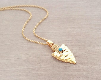 Gold Arrow Necklace with Turquoise Accent // Boho Layering Necklace // Bohemian Arrowhead Charm Necklace