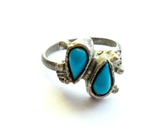Vintage Southwestern Turquoise Ring Faux Stone Western Native Boho Chic Style Adjustable Petite Silver Tone Metal