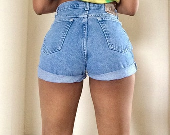 Sale Vintage high waisted rolled shorts Light medium Wash  ALL SIZES