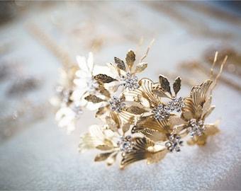 Wedding Headpiece, Bridal Tiara, Boho Headpiece, Bridal Hair Accessories, Gold Headpiece, Flower hair wreath, Wedding Halo, CZ Hairpiece