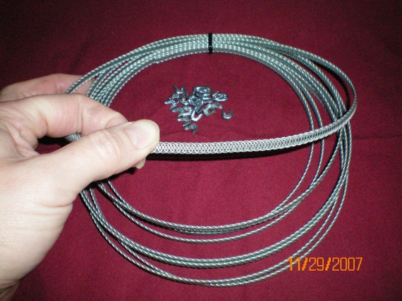 2516fc829a 1 4 Spiral Boning Flexible Steel 4 Yards 24 Tips