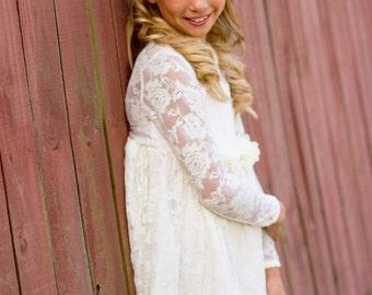 Flower Girl Dress-lvory Lace Long Sleeve Dress- Flower Girl Dresses- Ivory Girls Dress-Cream Dress- Rustic Wedding Dress