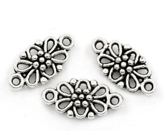10 Antiqued Silver Flower Connectors