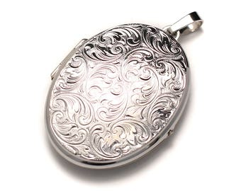 Large ornate 925 sterling Silver Medallion