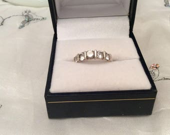 Authentic Vintage STERLING SILVER 925 Clear Gemstone Band RING, Wedding Ring, Promise Ring, Friendship Ring, Eternity,Birthday, Free Postage