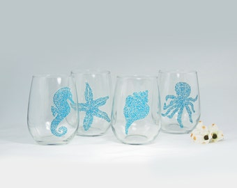 Beach glasses , Nautical, Seahorse, Starfish, Seashell, Octopus, Set of 4 hand painted stemless wine glasses - Sea Glass Collection