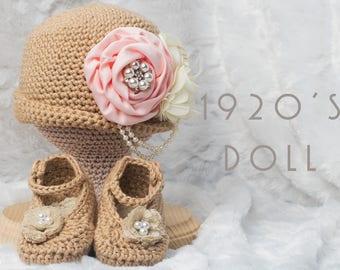 Crochet Baby Outfit, Crochet Flapper Hat, Crochet, Crochet Hat, Crochet Baby Booties, Crochet Photo Prop, Crochet Baby Hat, Baby Shower Gift