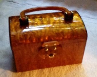 Gorgeous Lucite Box Purse, Vintage