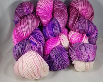Shadow Colorway - Hand-dyed WORSTED Superwash Merino wool/Nylon Yarn - World of Warcraft Inspired