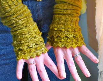 "NEW PDF knitting pattern armwarmers ""Heart of the Lotus"""