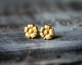 Flower Earring Studs in Raw Brass -  Stainless Steel Posts