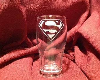 Verre avec gravure de Superman