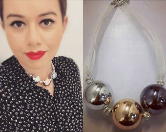 Three-color Necklace. Ball necklace. Chic necklace.