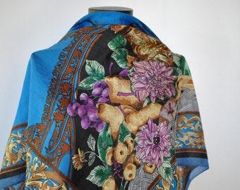 Vintage PRINTED SILK SCARF , vintage scarf ...........(266)