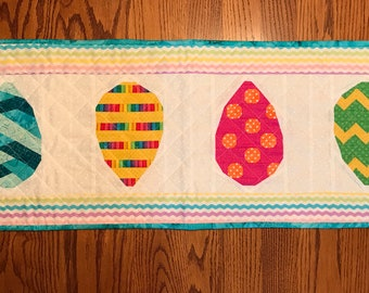 Quilted Table Runner, Easter Table Runner, Kitchen Decor, Home Decor, Gifts for Her