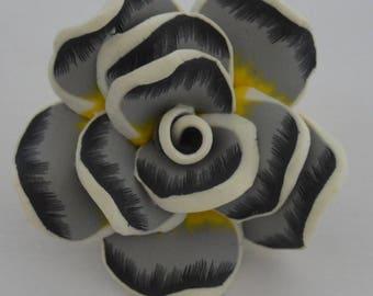 1 Fleur polymer 40x15mm gray white yellow - Ref: PF 235