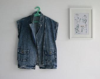 SALE / Vintage DENIM Vest/ vintage 90s / sleeveless Tank Top