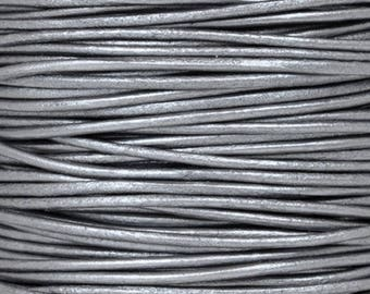 Leather-1.5mm-Round Cord-Soft-Metallic Grey-2 Meters