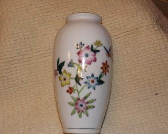 porcelin  hand painted vase