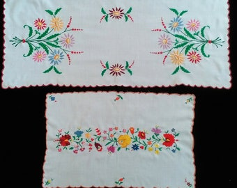 Two White Hand Made Hungarian Kalocsa Floral Embroidered Runner Tablecloth