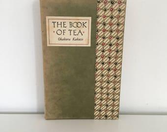 The Book of Tea by Okakura Kakuzo (1976)