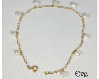 Gold filled chain and pearls Eve