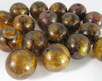 20 Vintage 12mm Brown and Gold Lucite Beads Bd1742