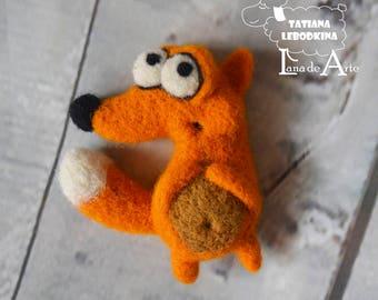 Needle felted Fox brooch - felt fox pin, woodland animal brooch, wool fox brooch, red fox jewerly, orange fox brooch - MADE TO ORDER