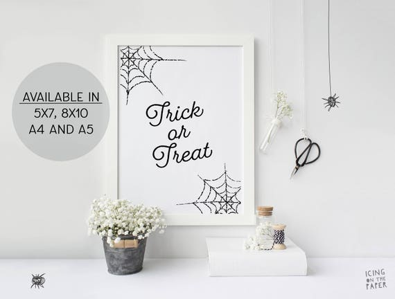 Trick or Treat Printable Halloween Digital Poster in 5x7, 8x10, A4 and A5 Vertical and Horizontal Sizes