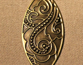 Oval Pendant, Embossed Swirl Design, Jewelry Findings, Set of 2