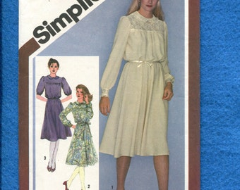 1980 Simplicity 9767 Very Sweet Flowing Dress with Puff Sleeves Peter Pan Collar & Front and Back Yokes Size 10 UNCUT