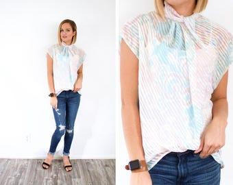 Vintage Boho 60's floral shirt top // summer blouse // short sleeve slouchy top // pastel floral top // pink floral // silky floral summer