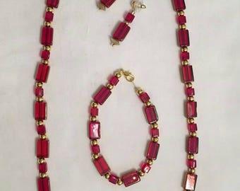 Red & Gold Flat Rectangular Beads (#135)
