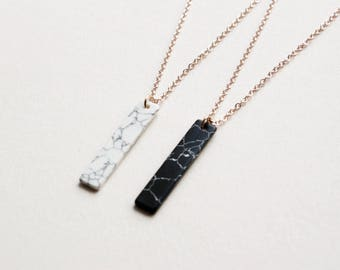 Black marble - plain gold plated necklace A54