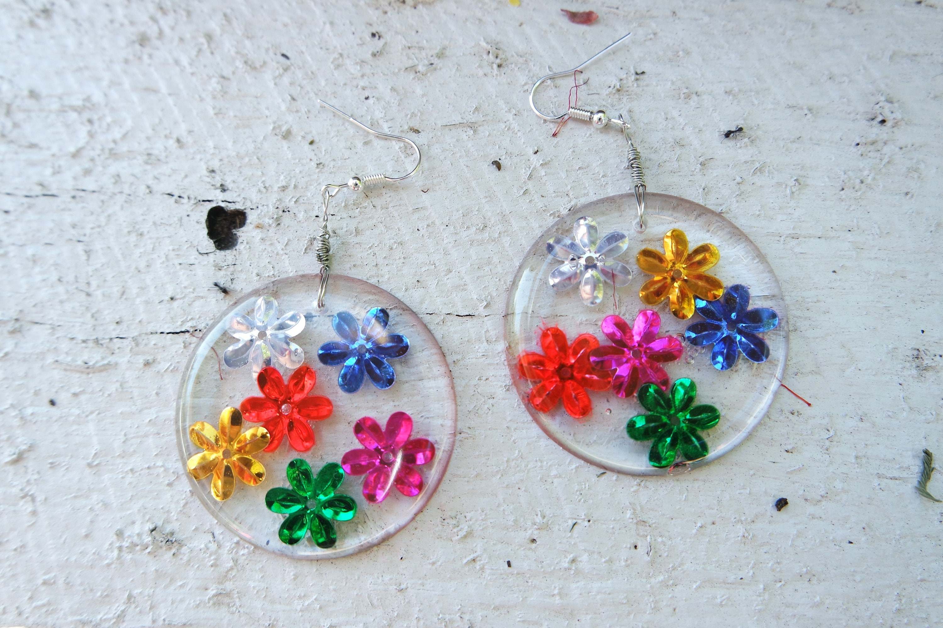 rainbow magnetic stud earrings us s pastel daisy claire crystal