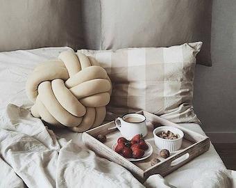 Decorative Knot Pillow BIGGIE
