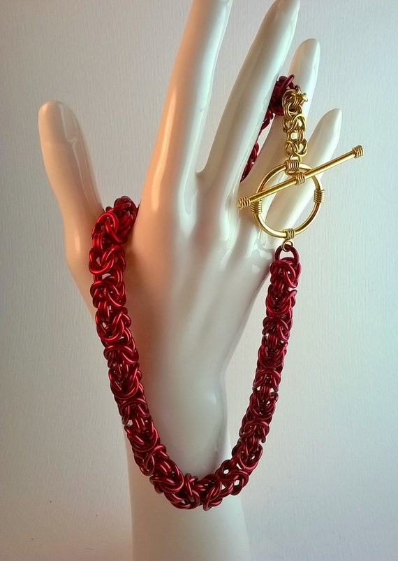 S - 462 Chainmaille necklace - red and gold!!!