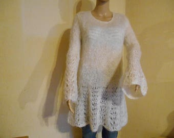 Pullover tunic in off white mohair wool.