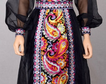 Vintage 1960's DONALD BROOKS Psychedelic Ethnic Indian Hippie Boho Embroidered Flower Paisley COUTURE Formal Gown Party Dress Size M