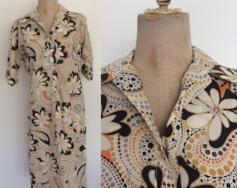 1970's Floral Button Up Shift Dress Collared Vintage Dress Size Medium Large by Maeberry Vintage
