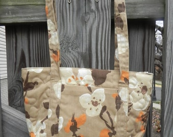 Handmade Tan Floral Zip Top Quilted Purse