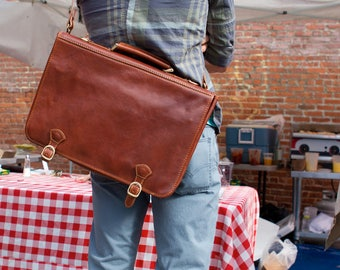 Leather Messenger Bag, Brown Leather Messenger, Mens Leather Briefcase, Laptop Bag, Leather bag, Mens Briefcase (4010BROWN)