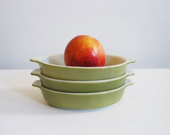 Vintage lime avocado green small casserole dish