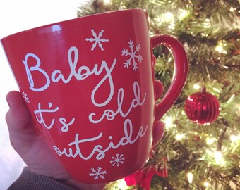 "Autocollant hivernal ""Baby it's cold outside"" pour coller sur une tasse, un verre, un pot Mason, etc"