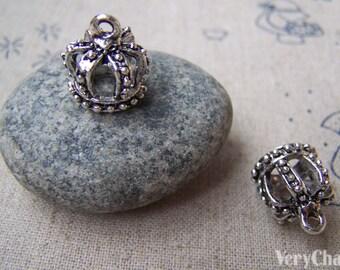 10 pcs of Antique Silver 3D Crown Charms 12x13mm A1361