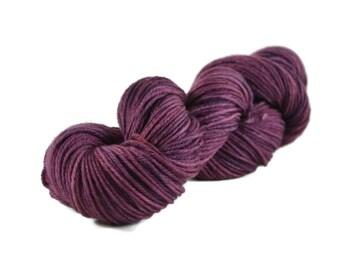 Worsted Yarn, Superwash Merino yarn, hand dyed, worsted weight yarn, wool yarn, 100% Superwash Merino, worsted merino yarn purple - Eggplant
